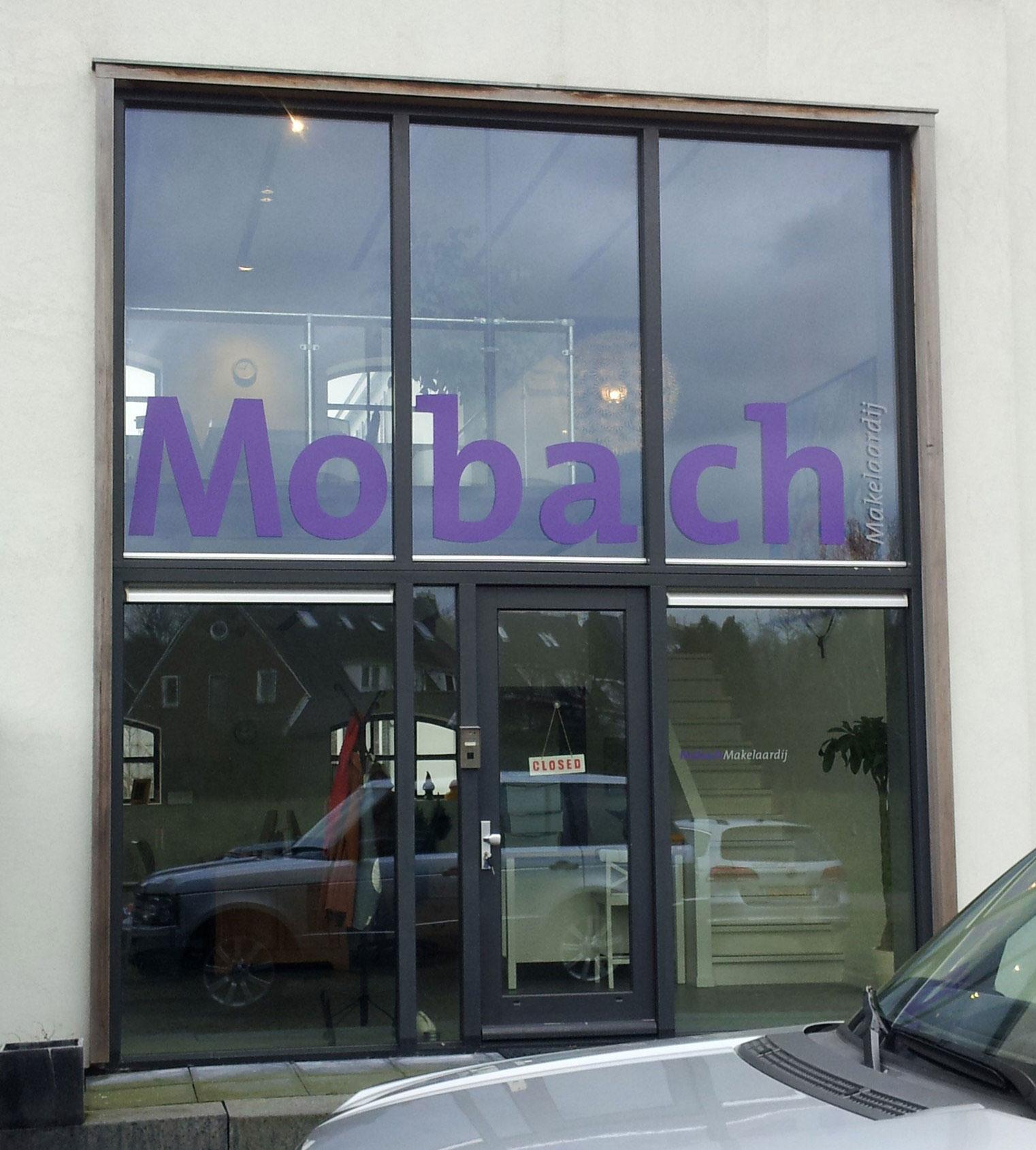 Mobach-raambelettering-gevelbelettering